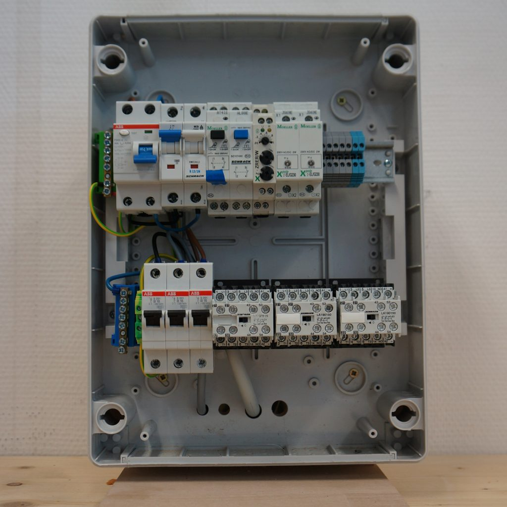 Elektrotechnik Verteiler